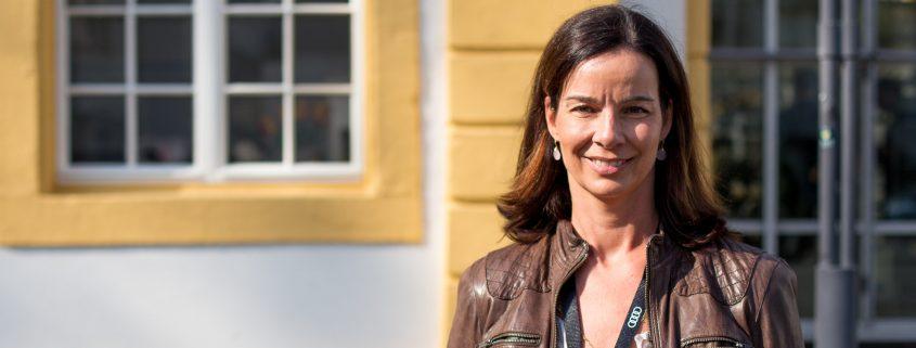 Julika Falconer